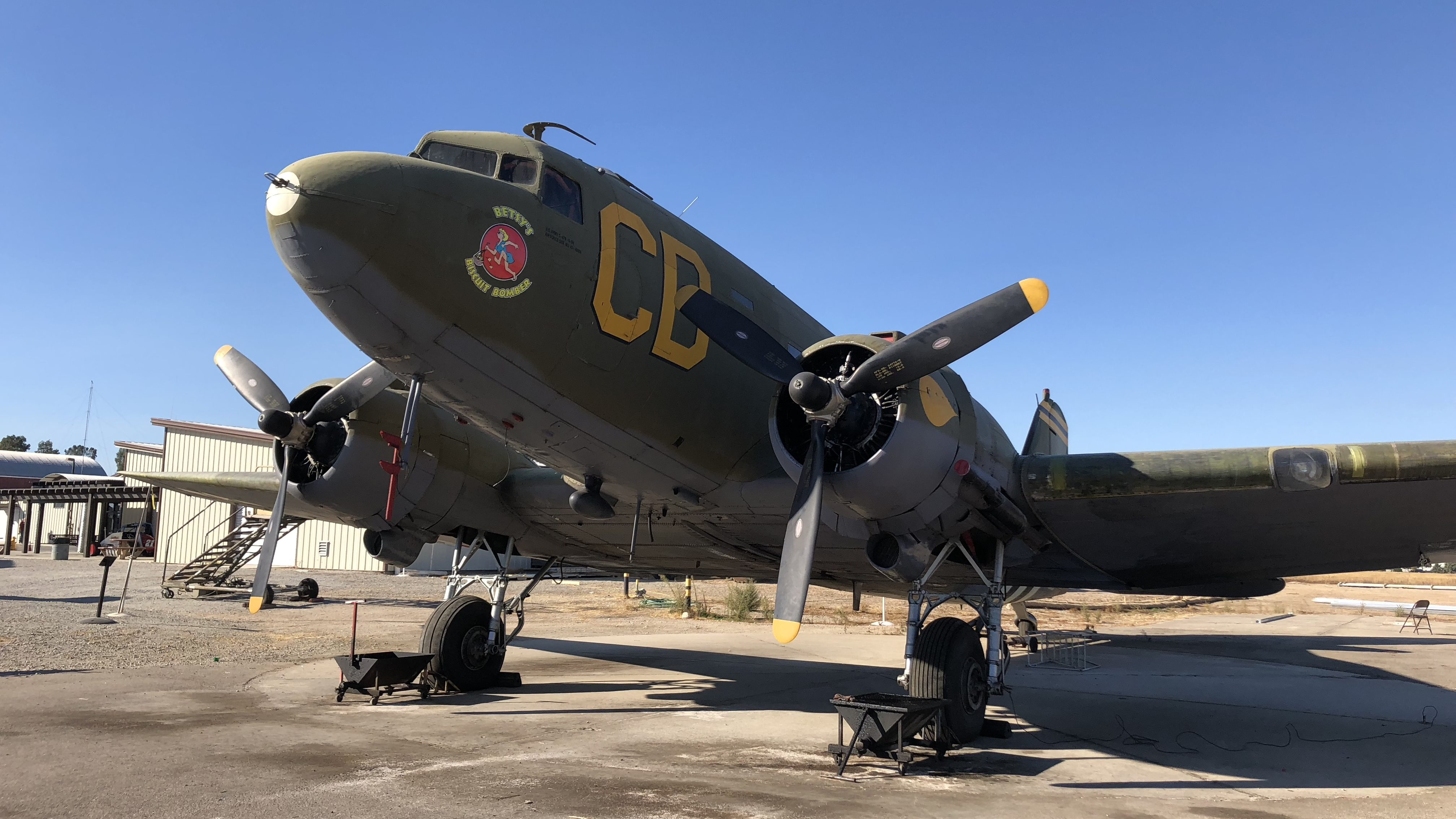 Central Coast Living: Check out vintage airplanes, cars at Estrella