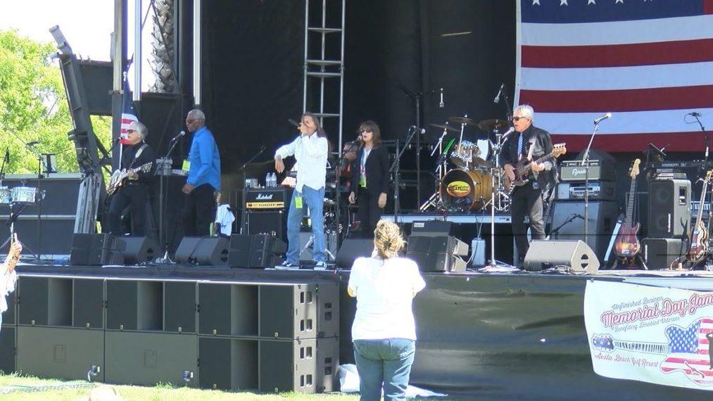 Avila Beach concert